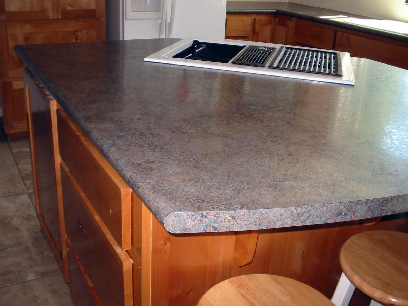 Laminate waterfall countertop for Kitchen island with rounded end
